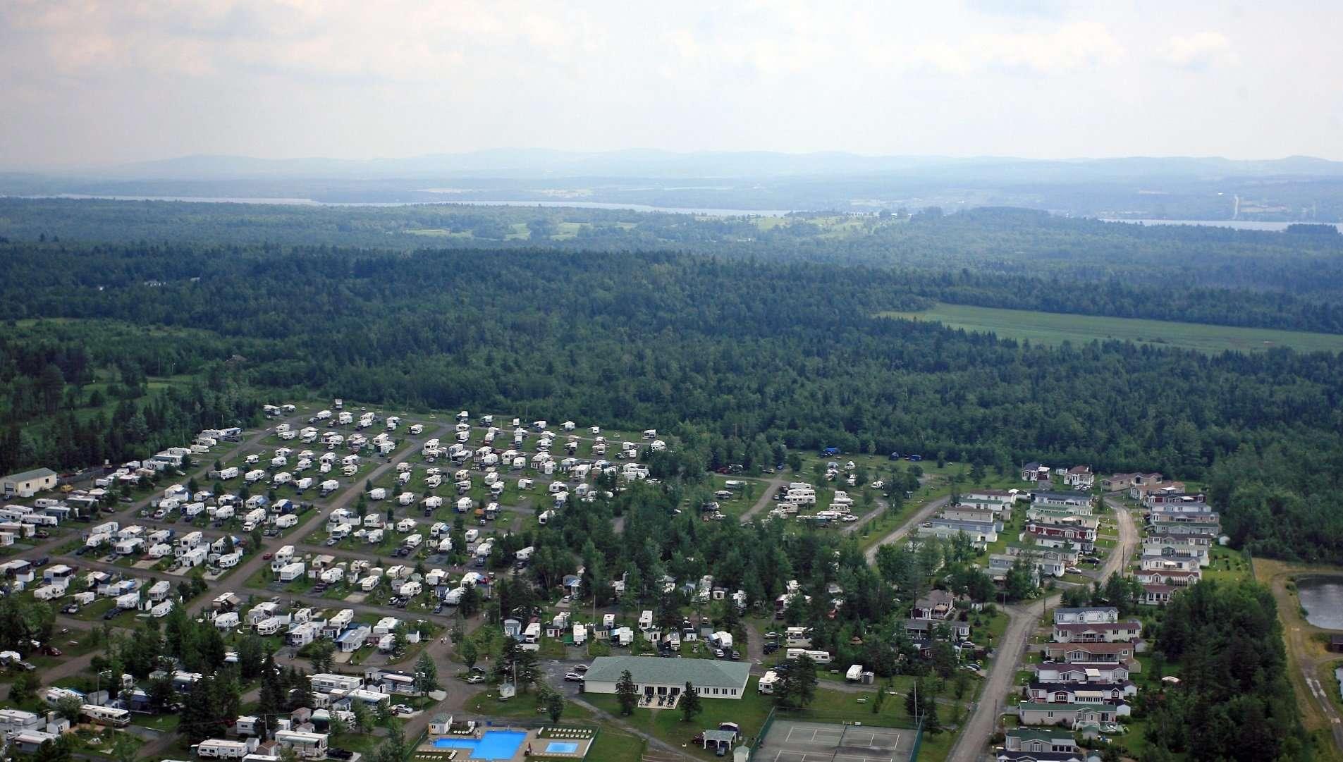 Camping Domaine Parc-Estrie Parkbridge - Magog