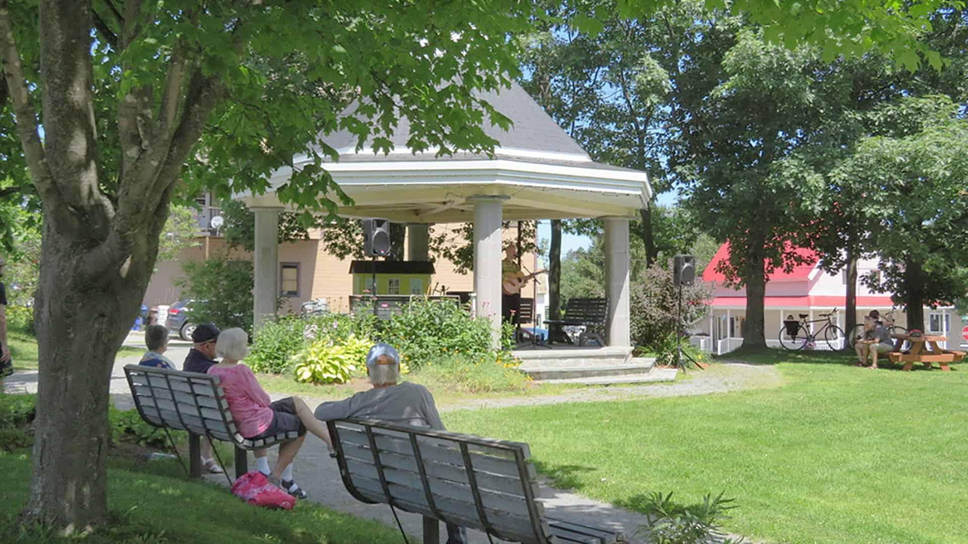 Parc Mansonville - Mansonville